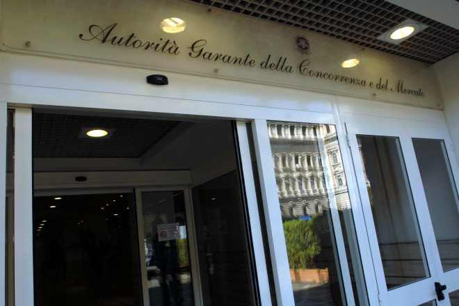 """""""200901102044 ARCJBBAUKFM provenienza CentroDocumentazione W"""""""